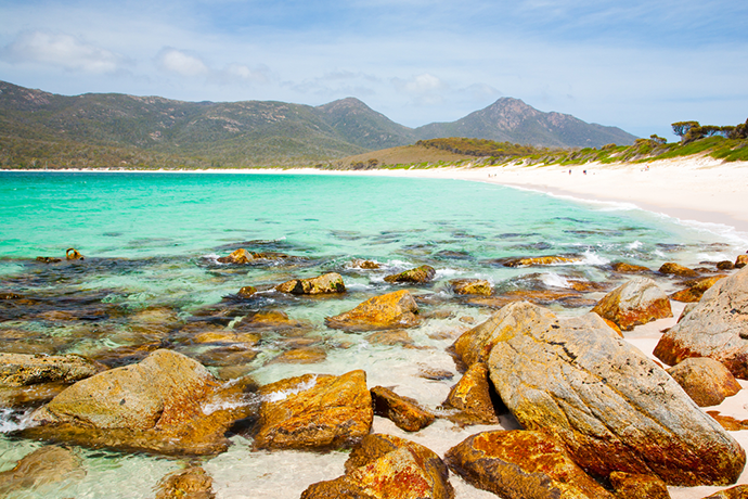 Things To Do In Tasmania - wineglass bay