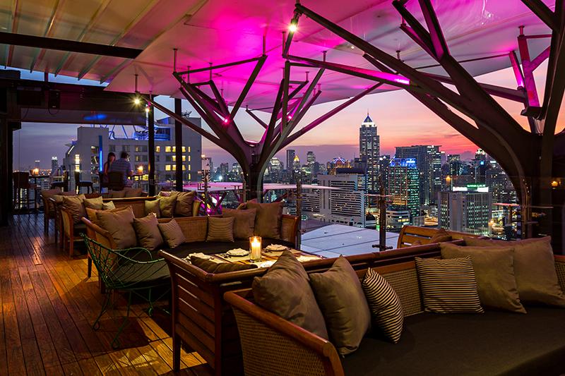 Fraser Suites Sukhumvit rooftop bar - Best hotel Bars in Bangkok