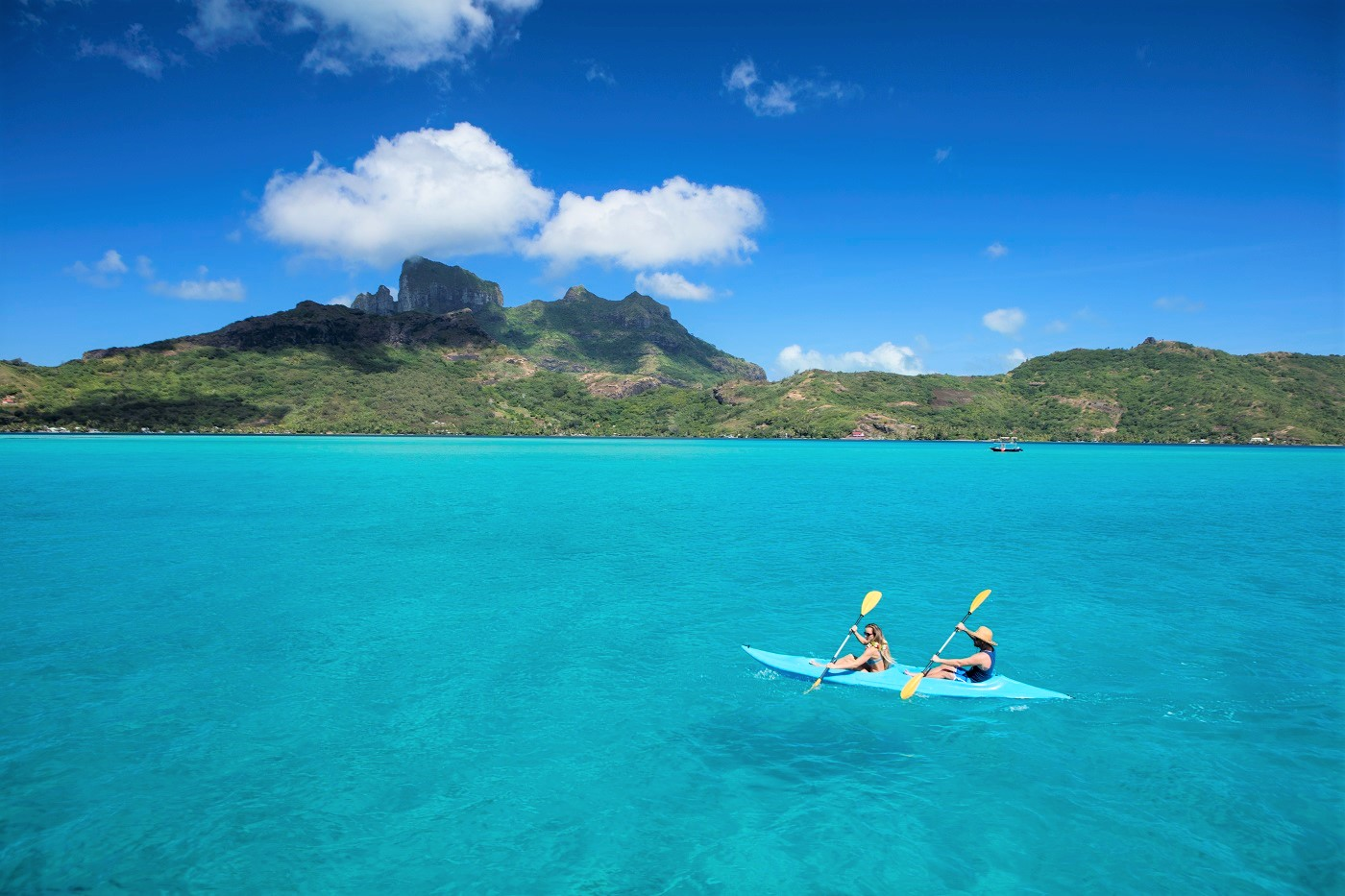 Want To Visit Bora Bora and Tahiti? Your Bucket List Of Things To Do In French Polynesia