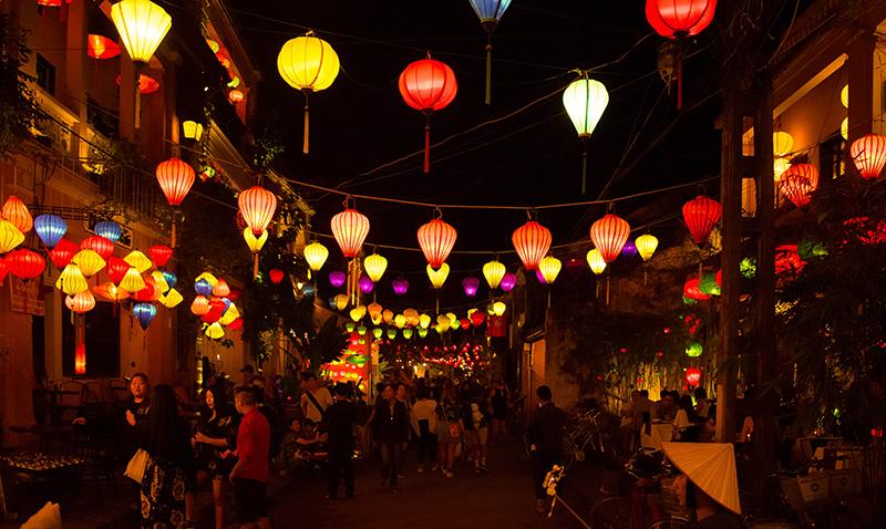 Hoi An lanterns at night