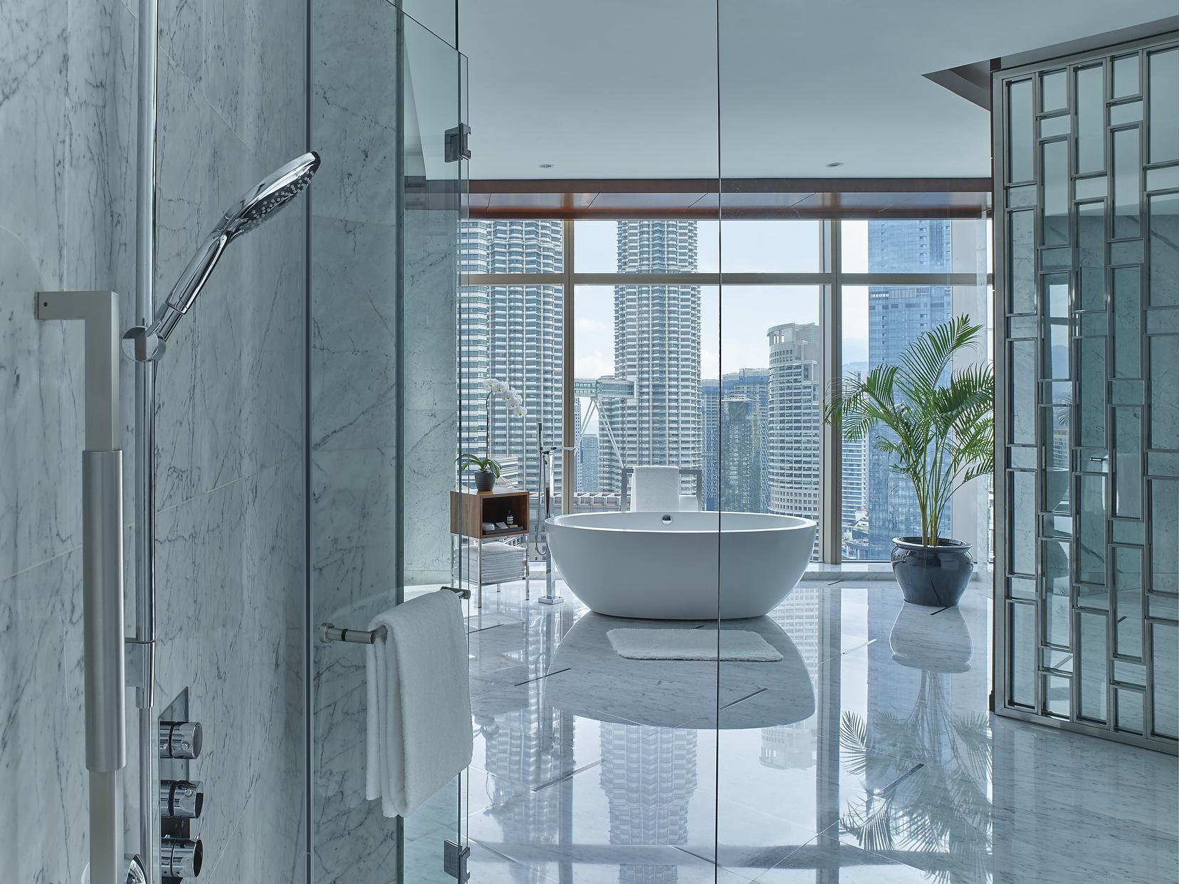 Grand Hyatt Kuala Lumpur bathroom