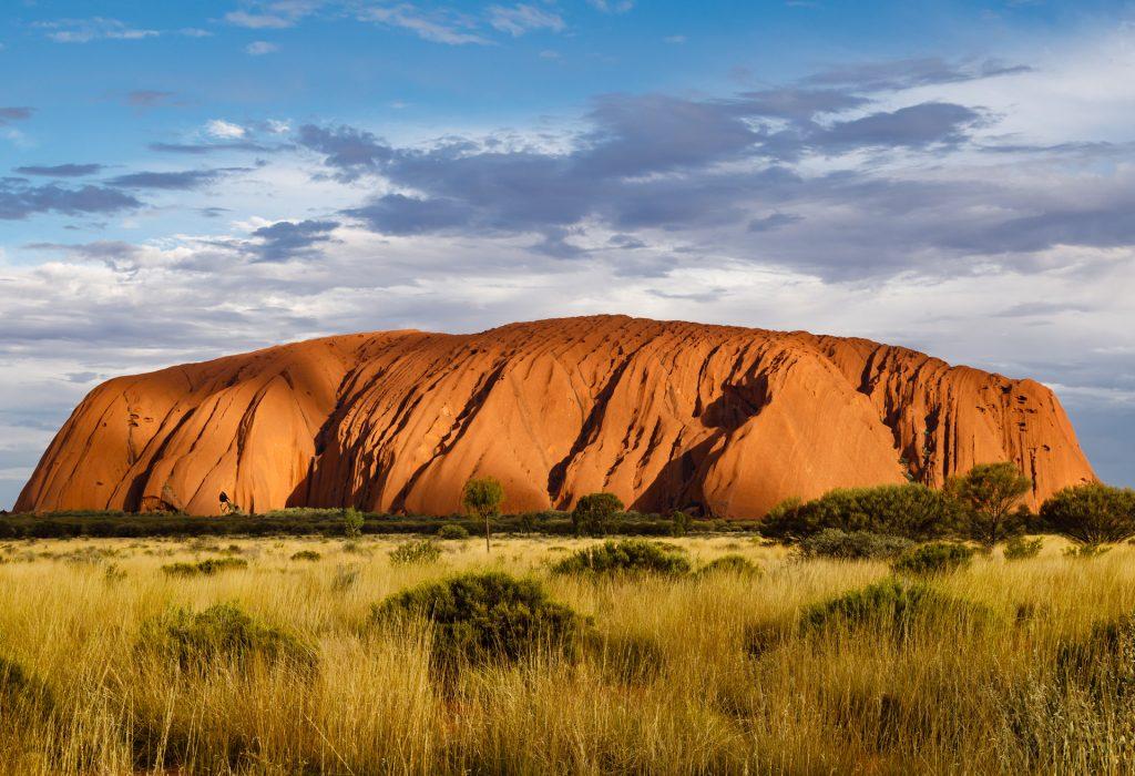 Uluru | Shutterstock - Uwe Aranas