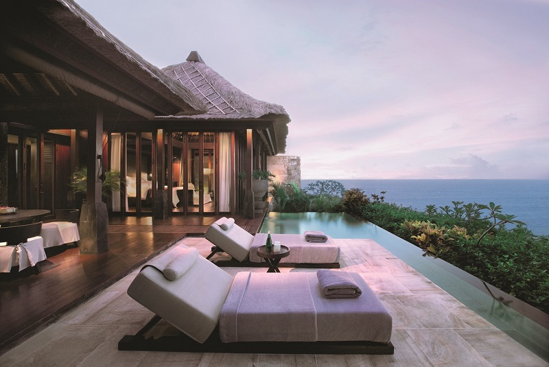 How to travel like a crazy rich Asian - Bvlgari Resort Bali
