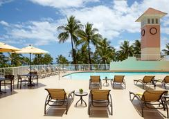 Park Shore Waikiki an Aqua Hotel - Honolulu - Pool