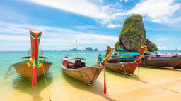 Ko Phi Phi hotels near Ton Sai Bay