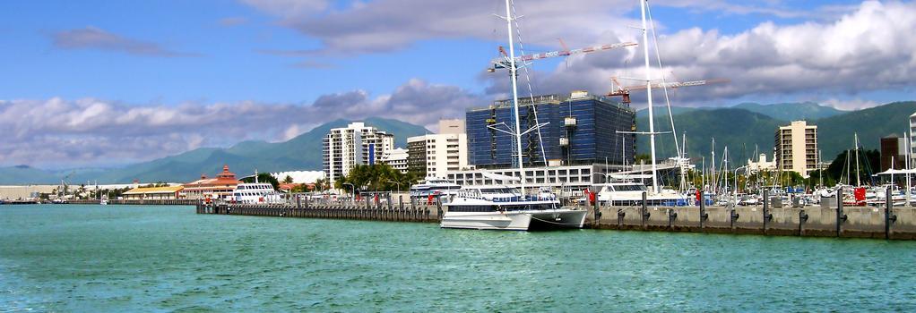 Rydges Tradewinds Cairns