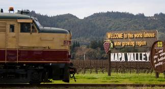 Napa Valley Hot-Air-Balloon Ride with Sparkling Wine Brunch