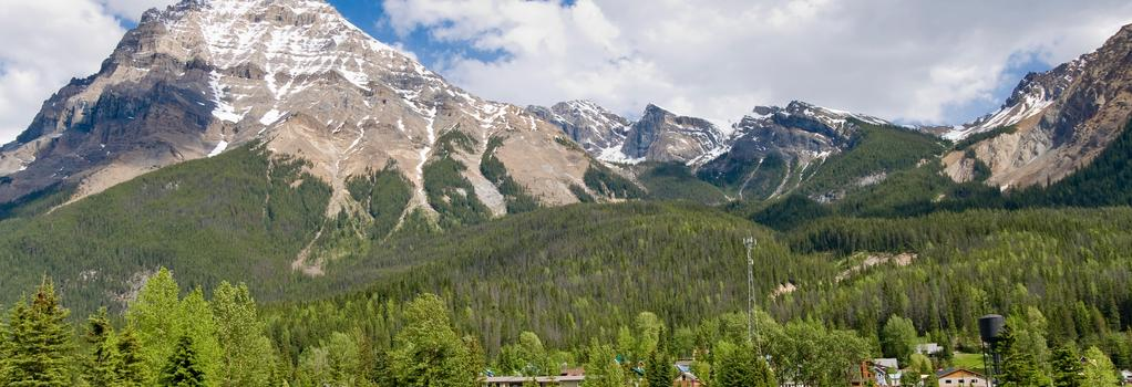 Canadian Rockies Inn