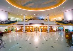 Ramada Pearl Guangzhou - Guangzhou - Lobby