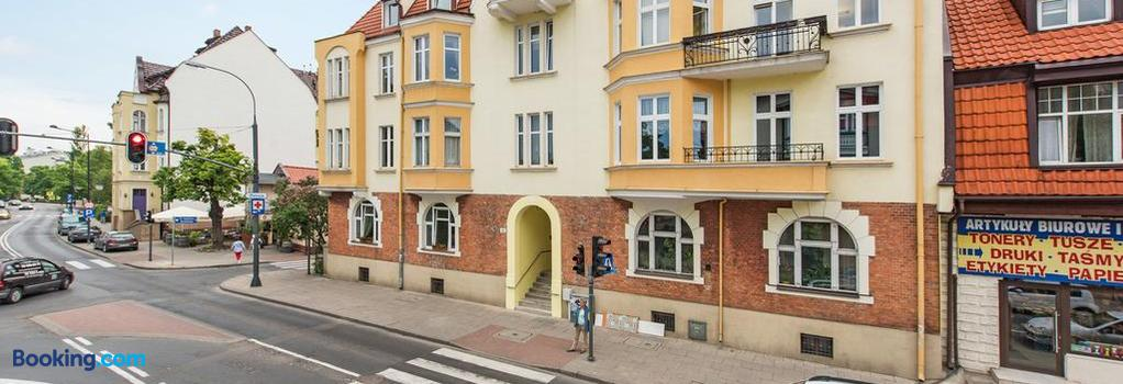 Lion Apartments - Deluxe Rooms - Sopot - Building