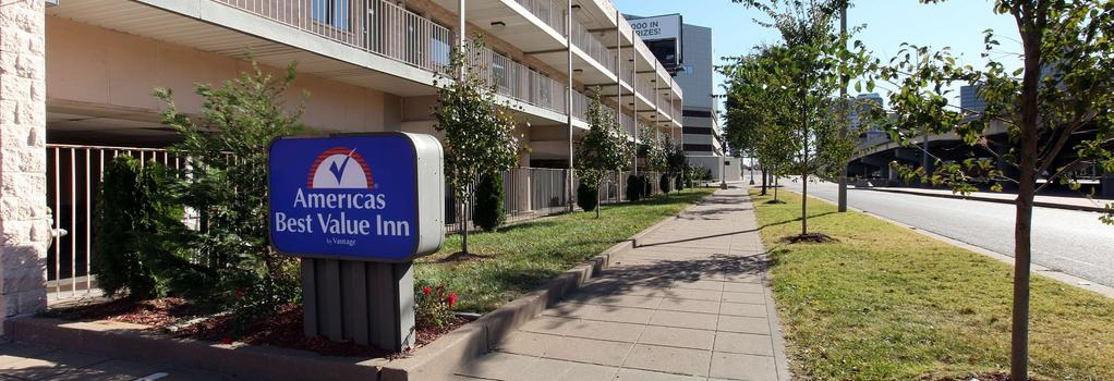 Americas Best Value Inn-St. Louis / Downtown - St. Louis - Building