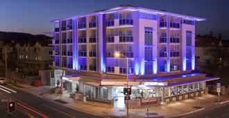 Jephson Hotel & Apartments - Brisbane - Building