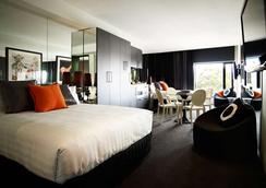 Art Series - The Cullen - Melbourne - Bedroom