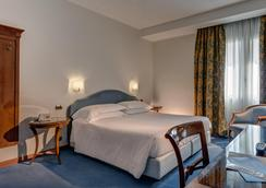 Hotel Plaza - Venice - Bedroom