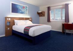 Stephen's Green Travelodge - Dublin - Bedroom