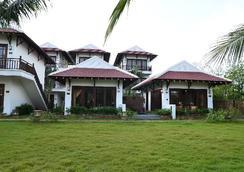 Riverside Bamboo Resort Hoi An - Hoi An