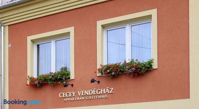 Cecey Vendégház - Eger - Building