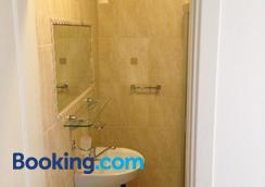 Pilaites Svetingi Namai - Vilnius - Bathroom