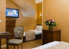 Hôtel du Palais Bourbon - Paris - Bedroom