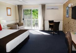 Best Western Ambassador Motor Lodge - Hervey Bay - Bedroom