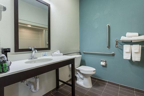 Sleep Inn University - El Paso - Bathroom