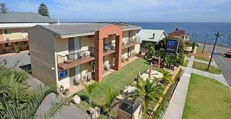 Ocean View Motel - Perth - Building