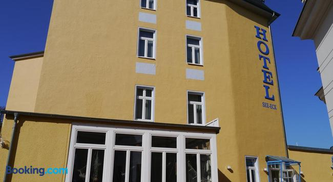 Hotel See-Eck - Heringsdorf - Building