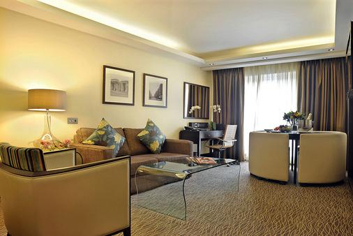 The Montcalm London Marble Arch - London - Living room
