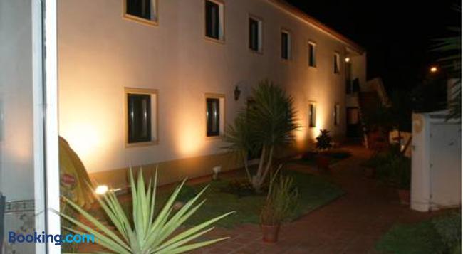 Hotel Passagem do Sol - Moura - Building