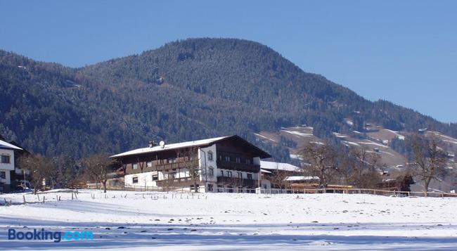 Riemenerhof - Fügen - Building