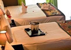 Kamanga Safari Hotel - Maun - Bedroom