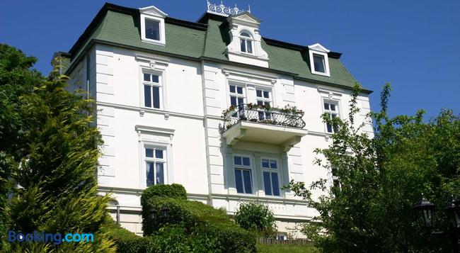 Pension Villa Sophia - Sassnitz - Building