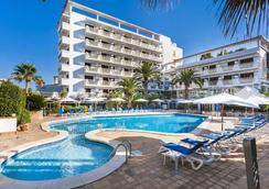 Hotel Cristóbal Colón - El Arenal - Pool