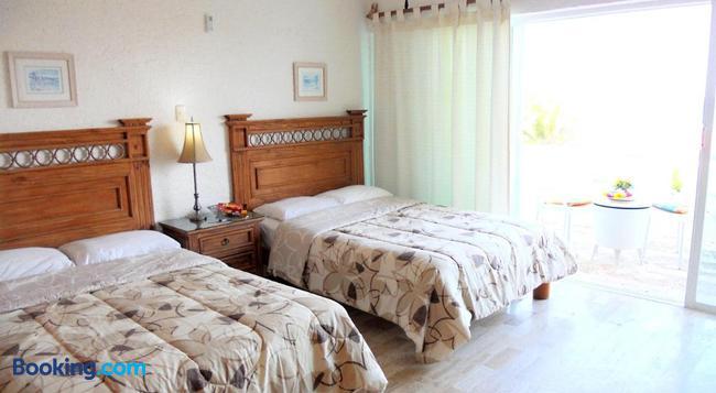 Cancun Beach Aparthotel By Las Brisas - Cancun - Bedroom