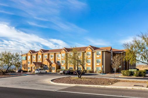Quality Inn and Suites El Paso - El Paso - Building