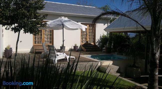 B&B on Church - Oudtshoorn - Building