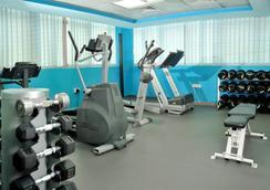Tulip Inn Hotel Apartments - Sharjah - Gym