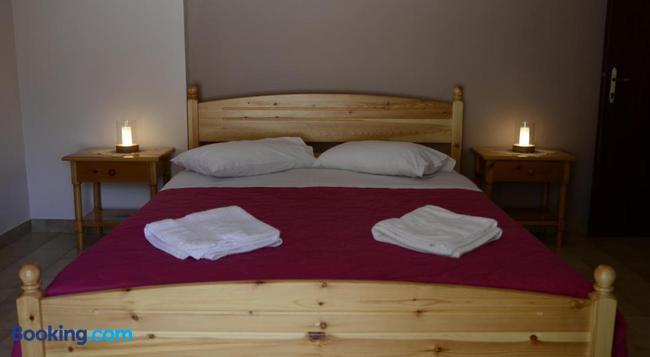 Valedina Rooms - Nikiana - Bedroom