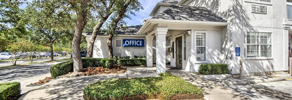Studio 6 San Antonio - Medical Center - San Antonio - Building
