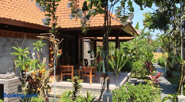 Nur Guest House - Ubud - Building