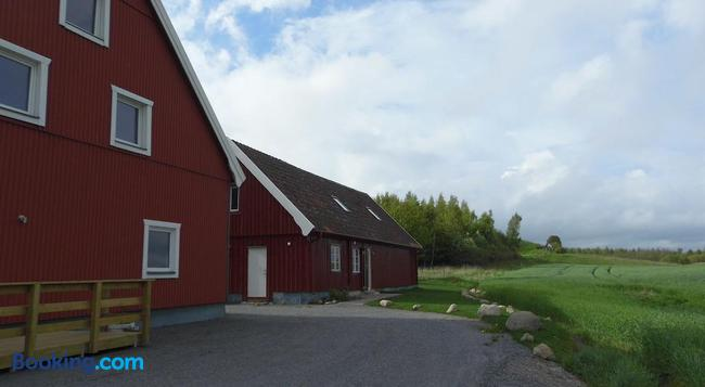 Red Bird Farm - Ystad - Building