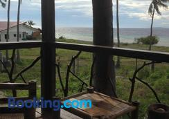 Liwayway sa Bohol - Pamilacan Bed & Breakfast - Baclayon - Outdoor view