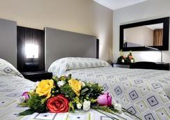 Hotel Marbella - Panama City - Bedroom
