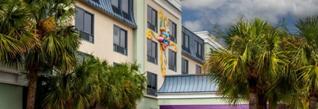 Quality Suites The Royale Parc Suites - Kissimmee - Building