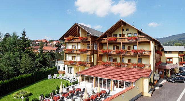 Hotel Kronberg - Garni - Bodenmais - Building