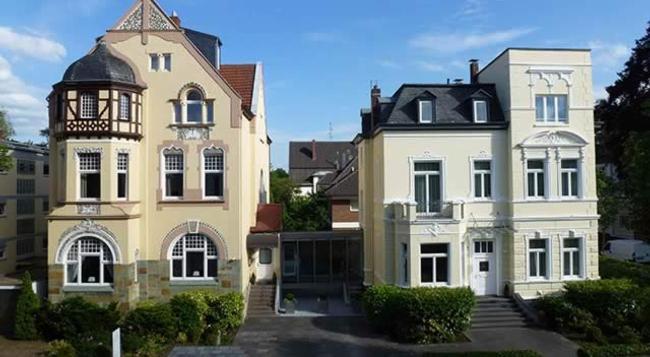 Villa Godesberg - Bonn - Building
