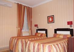 St Hotel - Algiers - Bedroom