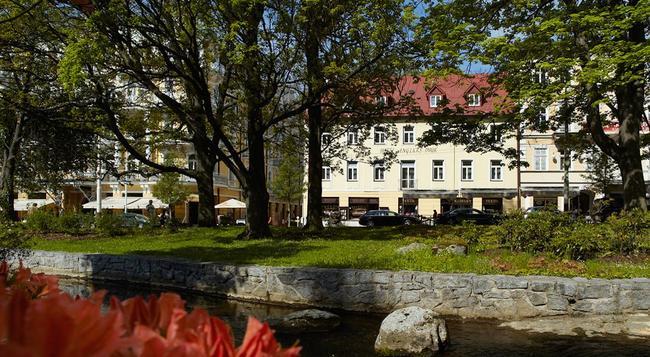 Orea Hotel Angliclky Dvur - Marianske Lazne - Building