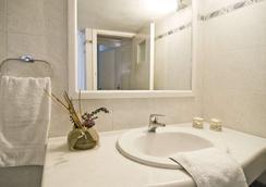 Villa Ilias - Firostefani - Bathroom
