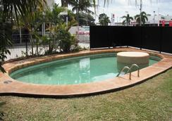 Cool Palms Motel - Mackay - Pool